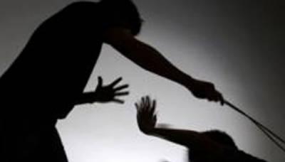 ملتان میں مدرسہ کے استاد کا 14 سالہ طالبہ پر بدترین تشدد،جسم مفلوج ہوگیا