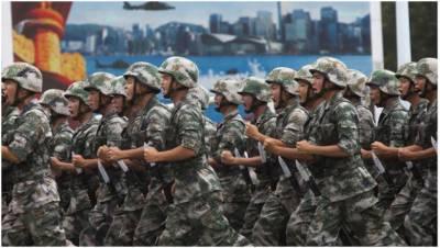 چین کے صدر نے فوجی افسروں کو نجی کاروبار بند کرنے کا حکم دیدیا