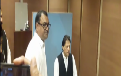 عمران خان کو قومی اسمبلی کے پہلے ہی اجلاس میں ادھار لینا پڑگیا