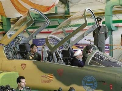 ایران نے مقامی سطح پر تیار کردہ جنگی جہاز کو منگل کو یوم دفاع کے روز نیشنل ڈیفنس انڈسٹری کی نمائش میں دکھایا گیا