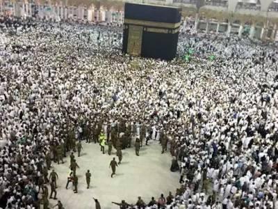 ایک اور افسوسناک واقعہ،مسجد الحرام میں حاجی نے چھت سے کود کر خودکشی کرلی