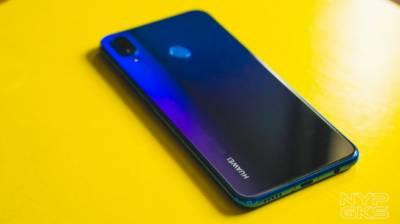 ہیواوے کی نووا سیریز کے دو موبائل فونز اب پاکستان میں دستیاب