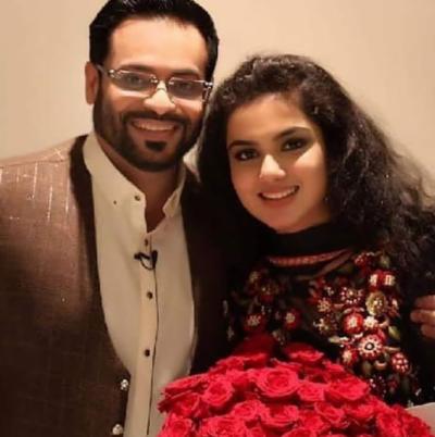 ڈاکٹر عامر لیاقت کی دوسری بیوی کی تصاویر نے سوشل میڈیا پر دھوم مچادی