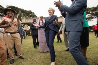 برطانوی وزیراعظم تھریسامے کی ڈانس کی پوری دنیا میں دھوم
