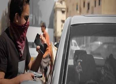میئر کراچی کی کار چِھننے کا معاملہ مشکوک بن گیا، مقدمہ 3 روز بعد درج