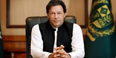 وزیراعظم عمران خان کا وزراء کے ہمراہ آئی ایس آئی ہیڈ کوارٹرز کا دورہ