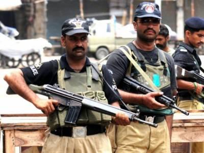 کراچی پولیس کے خودکار ہتھیار تبدیل کرنے کا حکم
