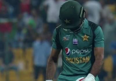 پاکستانی بیٹنگ لائن پھر ناکام،25 رنز پر 3 وکٹیں گر گئیں