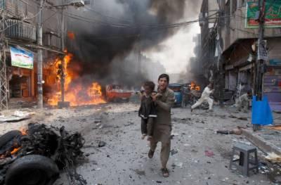 پشاور ایک دفعہ پھر دھماکہ کی آواز سے گونج اُٹھا