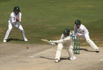 دبئی ٹیسٹ:آخری روز ہدف کے تعاقب میں آسٹریلیا کی بیٹنگ جاری