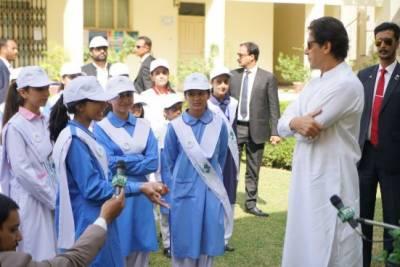 کلین اینڈ گرین مہم کا آغاز،پانچ سال میں 10ارب درخت لگانے کا ہدف مقرر کیا ہے:وزیراعظم عمران خان