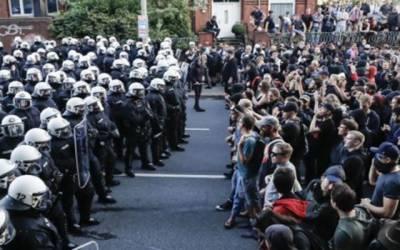 جرمنی میں نسل پرستی کے خلاف تاریخی احتجاجی مارچ