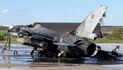 مکینک کی ذرا سی غلطی سے اربوں روپے مالیت کا ایف 16 طیارہ تباہ