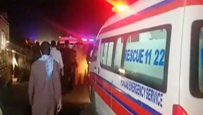 ڈیرہ غاز یخان میں خوفناک حادثہ،دو بسوں کے تصادم میں 21 افراد جاں بحق43 سے زائد زخمی