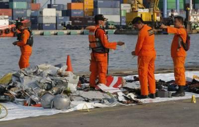 انڈونیشین مسافر طیارے کا بلیک باکس حاصل کرنے کیلئے زیر سمندر آپریشن