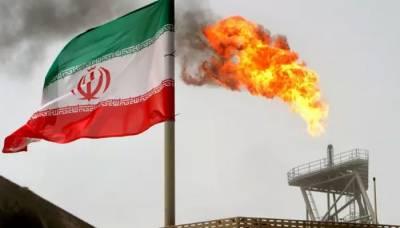 امریکا نے جوہری معاہدہ ختم ہونے کی وجہ سے ایران پر دوبارہ پابندیاں لگا دیں