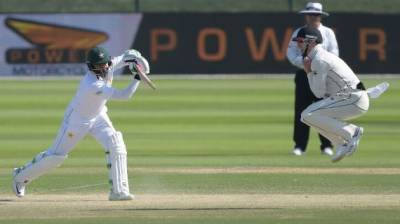 نیوزی لینڈ نے پاکستان کو پہلے ٹیسٹ میچ میں سنسنی خیز مقابلے کے بعد شکست دے دی