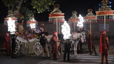 بھارت میں دولہا گولی لگنے کے باوجود دلہن لینے پہنچ گیا