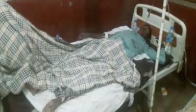 میرپور خاص: ٹرک الٹنے سے خواتین اور بچوں سمیت 80 افراد زخمی
