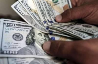 ڈالر 8 روپے مہنگا، ملکی تاریخ کی بلند ترین سطح142 روپے تک پہنچ گیا
