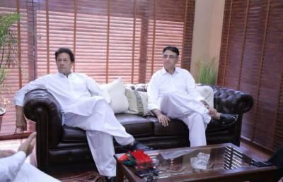 خراب معاشی صورت حال ، وزیراعظم عمران خان اسد عمر پر سخت برہم