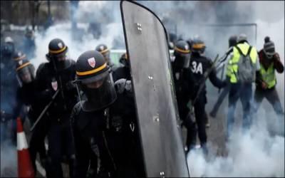فرانس میں پرتشدد مظاہرے بے قابو، صدر نے مظاہرین سے مذاکرات کا حکم دے دیا