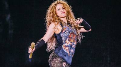 سپین میں معروف گلوکارہ شکیرا پر ٹیکس چوری کا الزام لگ گیا