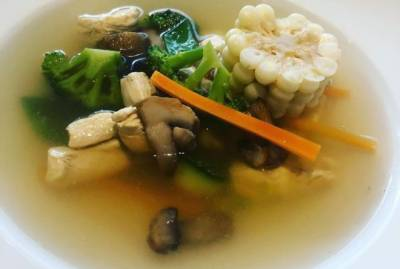 چکن سوپ نزلہ زکام کے خلاف مفید غذا ہے