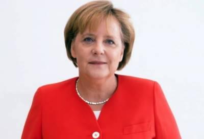 نازیوں کی جانب سے یونان میں کیے گئے جنگی جرائم کی جرمنی ذمہ داری لیتا ہے: انجیلا مرکل