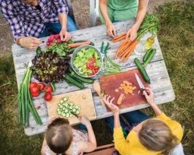 ہرے پتوں والی سبزیاں کینسر کے مریضوں کے لیے مفید ہیں ، ماہرین
