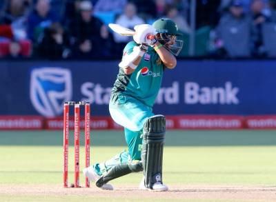 پاکستان نے جنوبی افریقہ کو جیت کیلئے 318 رنز کا ہدف دیدیا
