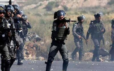 اسرائیلی فوج کی فائرنگ سے بیس فلسطینی زخمی ، ایک شہید ہو گیا