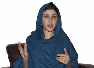 قبائلی اضلاع میں کوئی قانون نہیں سب کچھ ہوا میں چل رہا ہے، عائشہ گلالئی