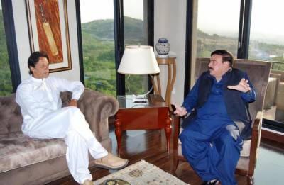 وزیراعظم عمران خان سے وزیر ریلوے شیخ رشید کی اہم ملاقات