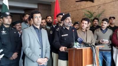 وفاقی حکومت نے آئی جی خیبر پختونخوا صلاح الدین محسود کو عہدے سے ہٹا دیا