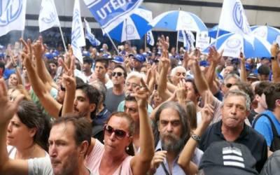 ارجنٹائن: حکومت کی معاشی پالیسیوں کیخلاف عوام سراپا احتجاج