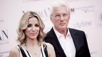 ہالی ووڈ اداکار رچرڈ گیئر 69 سال کی عمر میں والد بن گئے