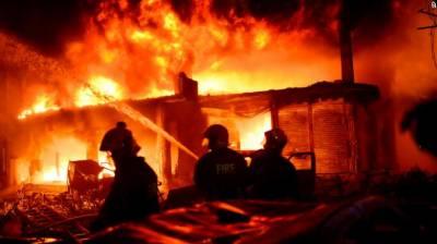 ڈھاکا کی عمارت میں آگ لگنے سے ہلاکتیں 70 ہو گئیں
