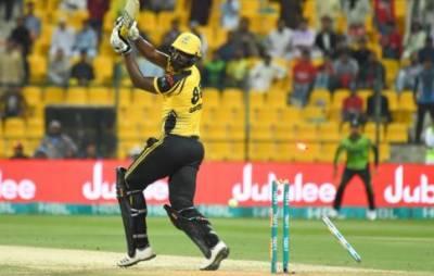 پشاور زلمی نے لاہور قلندرز کو 4 وکٹوں سے شکست دےدی