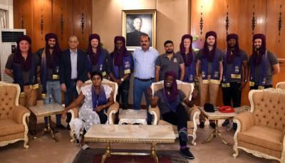 کوئٹہ گلیڈی ایٹرز اور پشار زلمی کے غیر ملکی کھلاڑی کراچی پہنچ گئے،شاندار استقبال