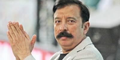 اصل بات یہ ہے کہ عاقب جاوید کو کوچ رکھنے کا مشورہ عمران خان نے دیا تھا:فواد رانا