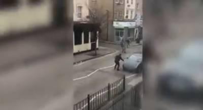 مشرقی لندن میں انتہا پسندوں کا مسلمانوں پر ہتھوڑے سے حملہ،ایک زخمی