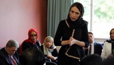 سانحہ کرائسٹ چرچ،نیوزی لینڈ کی وزیراعظم کی دوپٹہ پہن کر خواتین سے اظہار تعزیت