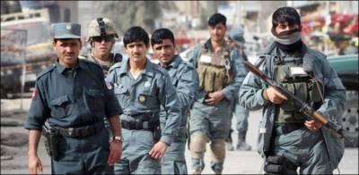 افغان حکام کی طالبان کے ہاتھوں درجنوں افغان فوجی اہلکار یرغمال بنانے کی تصدیق