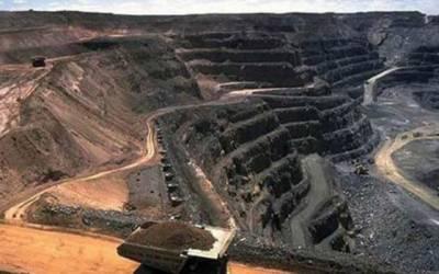 ملک کیلئے تاریخی لمحہ، تھر کوئلے سے بجلی کی پیداوار شروع
