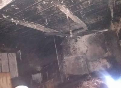 کراچی: مکان میں آتشزدگی سے ماں اور 2 بچے جاں بحق