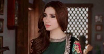 ماہرہ خان بھی عشرت فاطمہ کی مداح نکلیں