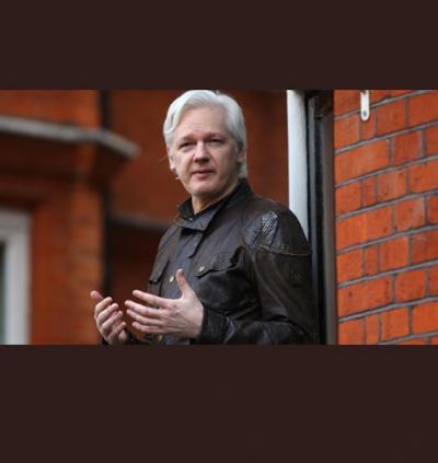 برطانوی پولیس نے وکی لیکس کے بانی جولین اسانج کو گرفتار کر لی