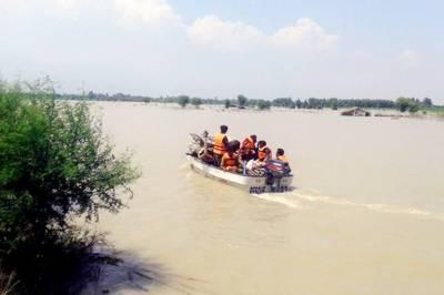 جنوبی وزیرستان، باراتیوں کی گاڑی سیلابی ریلے میں بہہ گئی، 6 افراد جاں بحق