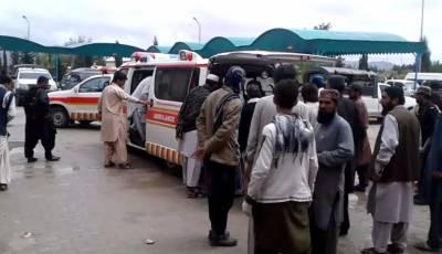 مستونگ، ٹرک اور وین میں تصادم، 11 افراد جاں بحق